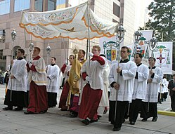 Blessed Sacrament procession, First Annual Southeastern Eucharistic Congress, Charlotte, North Carolina - 20050924-01.jpg