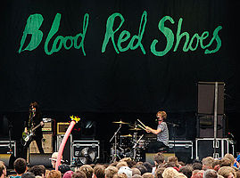 Blood Red Shoes, Kosmonaut 08.jpg