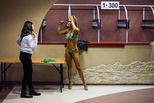 Bodybuilding and fitness bikini open tournament in Kaliningrad (2016-10-16) 08.jpg