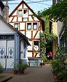 Braubach - Fachwerkhaus mit Zugang.jpg