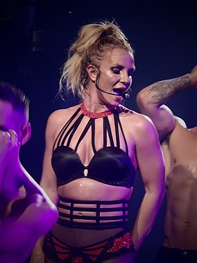 Britney Spears, Roundhouse, London (Apple Music Festival 2016) (30072896841).jpg