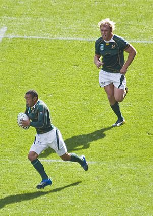 Bryan Habana goes for the line.