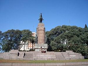 Monument to General Carlos M. de Alvear - Image: Buenos Aires Recoleta Monumento a Alvear