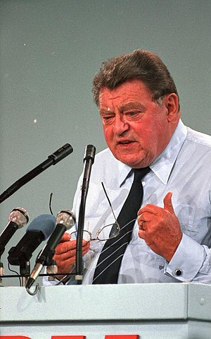 Franz Josef Strauss - Strauss addressing the CDU in 1986, two years before his death