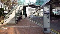 Busan-gimhae-light-rail-transit-12-Gimhae-college-station-entrance-2-20180331-155346.jpg