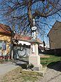 Bystřice pod Lopeníkem, kříž východ.JPG