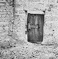 COLLECTIE TROPENMUSEUM Een Mossi deur met typisch antropomorf slot TMnr 20010448.jpg