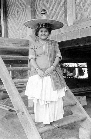 Sigi Regency - Woman in traditional dress in Kulawi