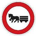 CZ-B09 Zákaz vjezdu potahových vozidel.jpg