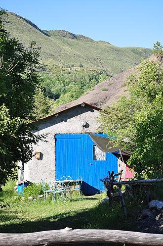 Authon, Alpes-de-Haute-Provence - A Farm shed