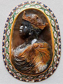152e2f58f42 Cameo (carving) - Wikipedia