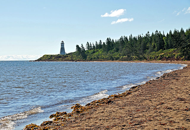 Cape Jourimain Lighthouse By Dennis Jarvis from Halifax, Canada (DGJ_8469 - Start Walking  Uploaded by X-Weinzar) [CC-BY-SA-2.0 (http://creativecommons.org/licenses/by-sa/2.0)], via Wikimedia Commons