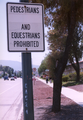 CapitolExpy-sidewalk-prohibited.png