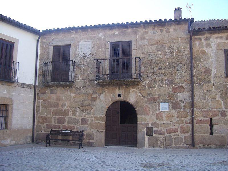 Casa del Comendador San Martín de Trevejo.jpg