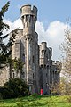 Castell Penrhyn (48395296912).jpg
