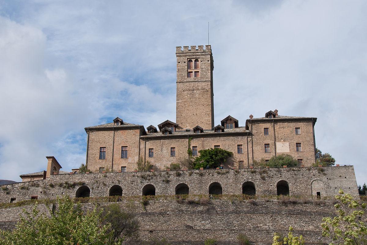 Castello di sarre wikipedia for Disegni di casa chateau francese