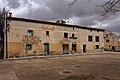 Castilnuevo, edificio 02.jpg