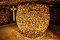 Catacombs of Paris, 16 August 2013 015.jpg