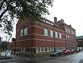 Centralskolan, gymnastikhallen sedd fr Hemmingsgatan, Falköping 6861.jpg