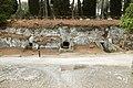 Cerveteri, necropoli della banditaccia, tombe sotterranee a camera scavate nella roccia 01.jpg
