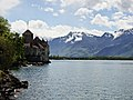 Chillon Castle view from Lake Geneva shore 1.jpg