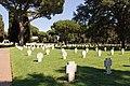 Cimitero militare Terdesco Pomezia 2011 by-RaBoe-045.jpg
