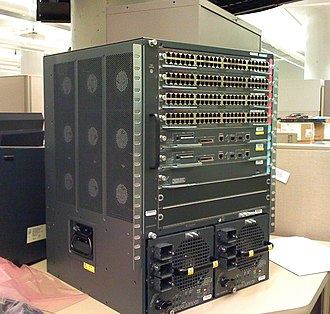Catalyst 6500 - Cisco 6509 switch with four line cards and dual supervisors