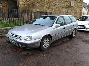 Citroen Xantia Break (39160389004).jpg
