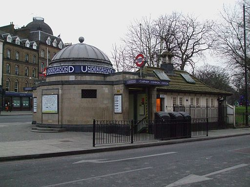 Clapham Common stn west entrance