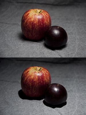 Softbox - Photograph of fruit with (top) and without (bottom) soft box lighting