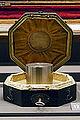 Conservatoire platinum kilogram - Musée des arts et métiers - Inv 3297 - 02.jpg