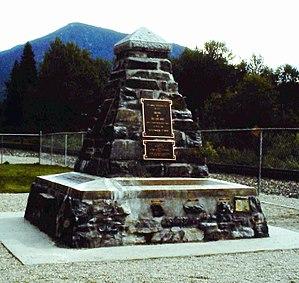 Craigellachie, British Columbia - Image: Craigellachie (Gedenkstein)