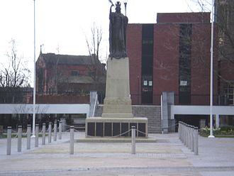 Crewe - Crewe War Memorial