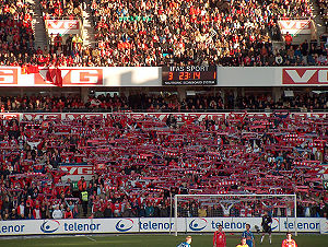 2004 Norwegian Football Cup Final - Lyn's supporters at the final