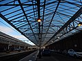 DSCN1965 Helensburgh Central Station South Side Platform And Canopy.jpg