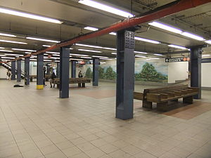 Delancey Street/Essex Street (New York City Subway) - Northbound waiting area