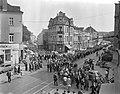 Demonstratie van Duitse mijnwerkers in Bonn tegen sluiting van mijnen in het Roe, Bestanddeelnr 910-7035.jpg