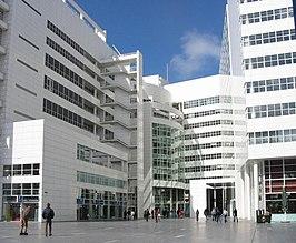 Stadhuis van den haag wikipedia for Richard meier architetto