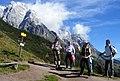 Der Hoehenweg am Fusse des Hochkoenig - panoramio.jpg