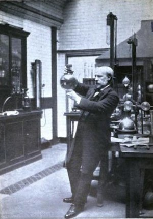 James Dewar - Sir James Dewar at work