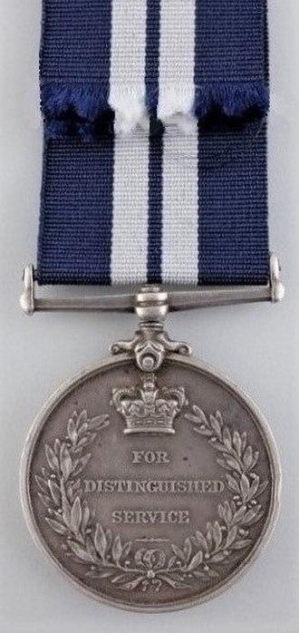 Distinguished Service Medal (United Kingdom) - Image: Distinguished Service Medal (UK) Reverse
