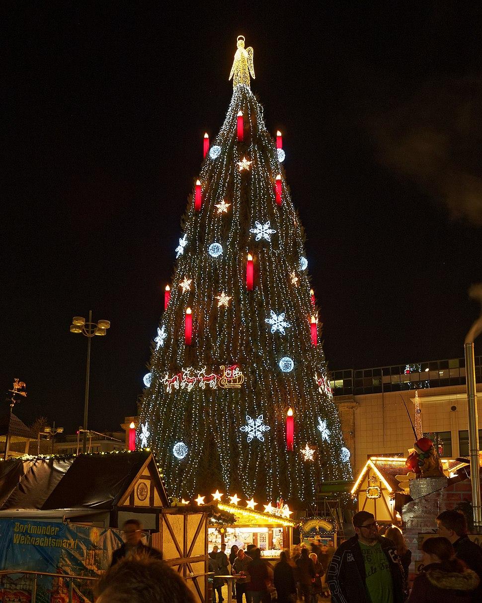 Dortmund christmas tree 01