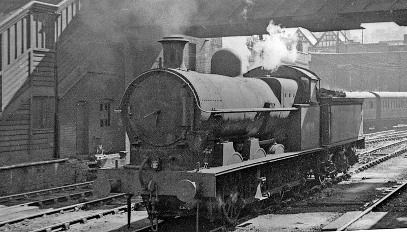 Dudley railway station 2173533.jpg
