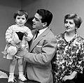 Duilio Loi with family 1960s2.jpg