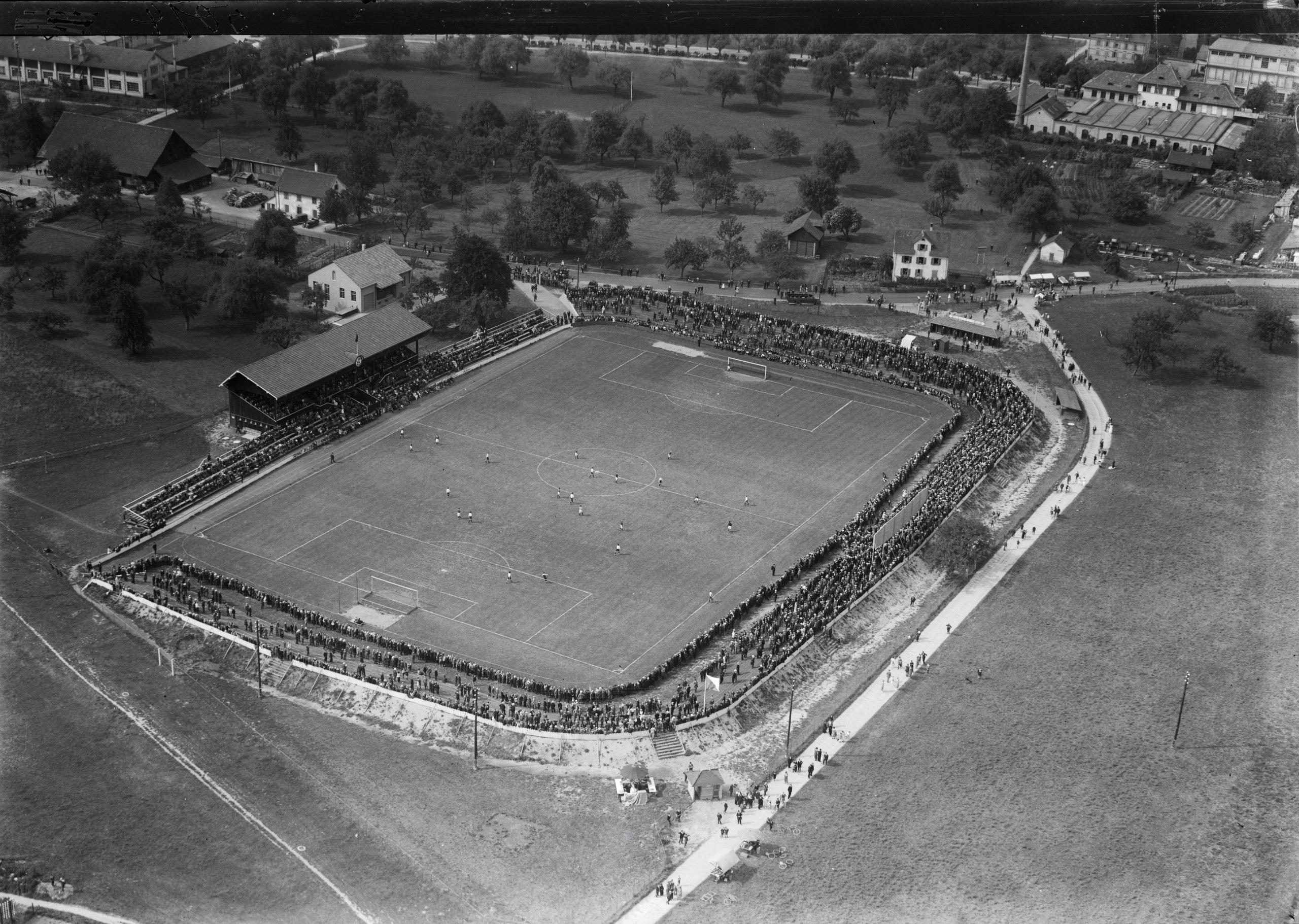 Stadion im Jahr 1925 auf einem Luftbild von Walter Mittelholzer