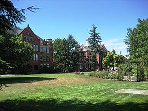 Eaton Hall (Oregon) - Image: Eaton and Waller halls