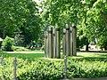 Edelstahl-Statuen (Stainless steel statues) - geo-en.hlipp.de - 11479.jpg