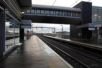 Edinburgh Park railway station - Station platforms