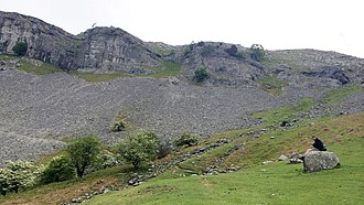 Eglwyseg Crags from the Path Eglwyseg Crags from Offa's Dyke Path.jpg