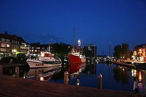 This is a featured Image in German Wikipedia It shows a historical part of the Emden harbour